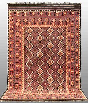 MATTA, Kelim Afghan, ca 397 x 252 cm.