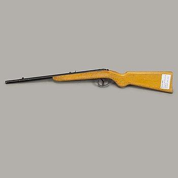 An Diana 10 DL air rifle caliber .177.