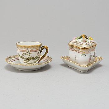 A Royal Copenhagen 'Flora Danica' porcelain custard cup and coffee cup, Denmark, 20th Century.