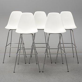 "CHARLES & RAY EAMES, 5 ""plastic chair"", bar stools for Vitra."