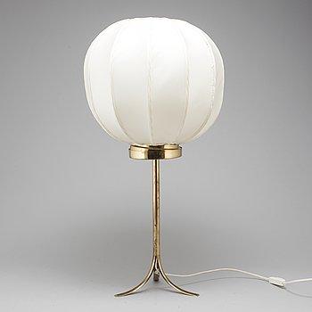 """JOSEF FRANK, bordslampa, mässing, modell 2349, """"Kinabollen"""", Firma Svenskt Tenn."""
