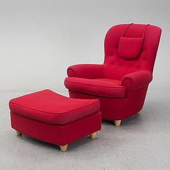 CARL MALMSTEN, A 'Jättepadda' easy chair with ottoman, AB OH Sjögren, Tranås, 2009.