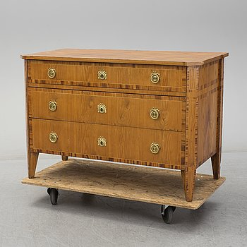 A circa 1800 Gustavian chest of drawers.