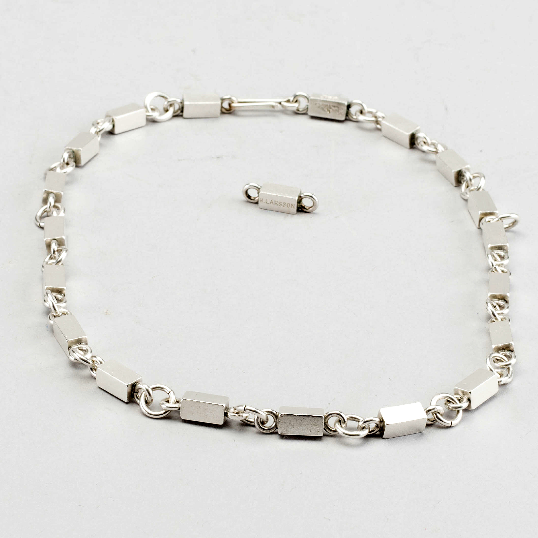 wiwen nilsson halsband