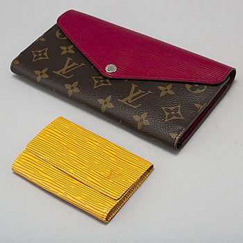 "LOUIS VUITTON, plånbok ""Marie Lou"" samt nyckelhållare."