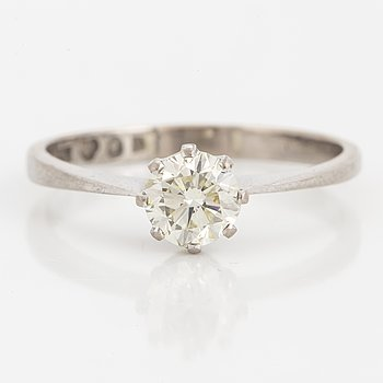 RING, med diamant, 0,90 ct.
