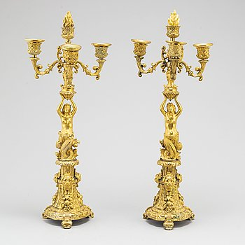 KANDELABRAR, ett par, förgylld brons, Frankrike, 1800-tal.