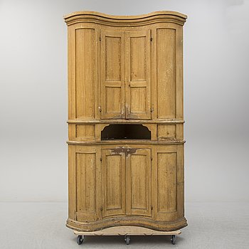 A painted pine corner cabinet, North Sweden, 19th Century.