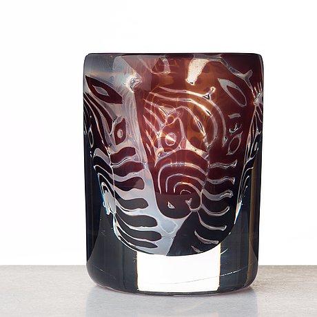 Ingeborg lundin, an ariel glass vase, orrefors, sweden 1974.