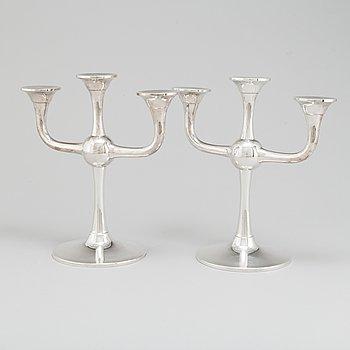 KARL JOHAN OTTESEN, kandelabrar, ett par, silver, Norge, 1900-talets slut.