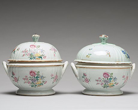 A pair of famille rose tureens with covers, qing dynasty, qianlong (1736-95).