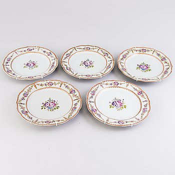 Five 18th Century Chinese Famille Rose porcelain dishes.