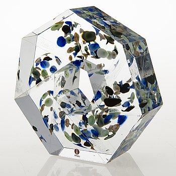 """OIVA TOIKKA, glasskulptur, """"Liplatus"""", signerad Oiva Toikka Iittala 2010 15/30."""