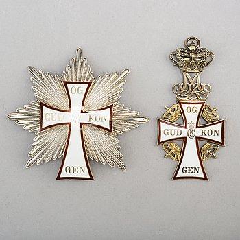 DANNEBROGEN, storkorsset, i etui, silver, förgyllt silver och emalj, A Michelsen, Köpenhamn.