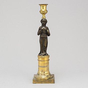 LJUSSTAKE, förgylld och patinerad brons, sengustaviansk, omkring år 1800.