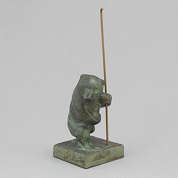 JUSSI MÄNTYNEN, sculpture, bronze, stamp signed with stamp. H: 8.5 cm.