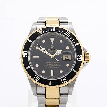 "ROLEX, Oyster Perpetual Date, Submariner, ""Engraved Rehaut"", Chronometer, wristwatch, 40 mm."
