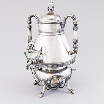 A Russian silver samovar by Johan Ferdinand Olsonius, Grachev, Saint Petersburg 1882.