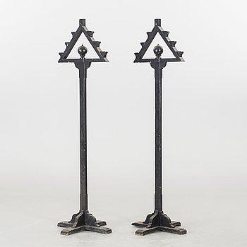 KYRKOKANDELABRAR FÖR GOLV, ett par, Danmark, 1800-tal.