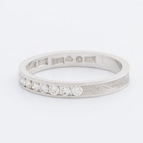 Ring 18k whitegold w 8 brilliant-cut diamonds 0,24 ct engraved, stigbert stockholm 1982.