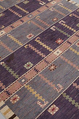 "Märta måås-fjetterström, a carpet, ""ståndaren"", knotted pile, ca 256,5 x 194 cm, signed ab mmf."