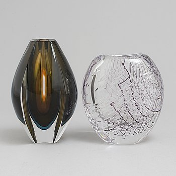 Two glass vases from Kosta, Mona Morales-Schildt and Vicke Lindstrand.