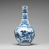 A transitional blue and white bottle vase, 17th century.