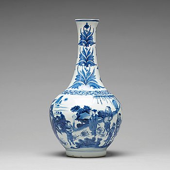 648. A Transitional blue and white bottle vase, 17th Century.