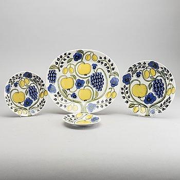 A set of 14 pcs porcelain 'Paratiisi' service by Birger Kaipianen, Arabia.