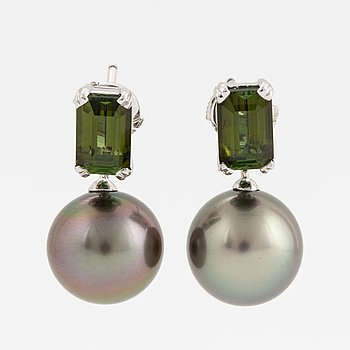 18K white gold green tourmaline and cultured Tahiti pearl earrings.