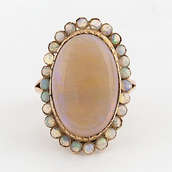 RING med opaler, 1800-tal.