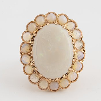 RING, med opaler, 1940-50-tal.