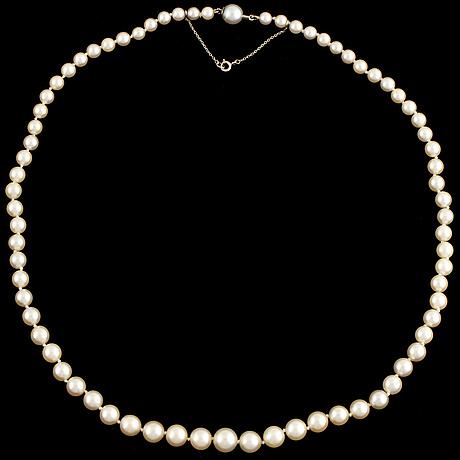 Collier, med graderade odlade pärlor