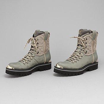 LOUIS VUITTON, boots, storlek 8½. Fashion show 2018/2019.