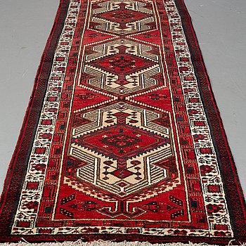 GALLERIMATTA, Persisk, ca 347 x 102 cm.