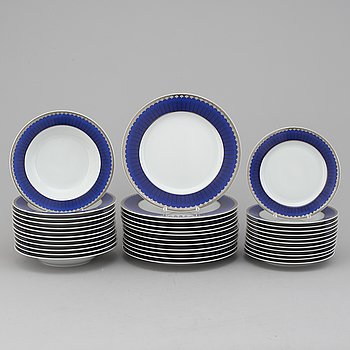 "SIGVARD BERNADOTTE, 36 pieces of porcelain tableware, ""Marianne Royal Blue/Christineholm"", Millenium, 2000."