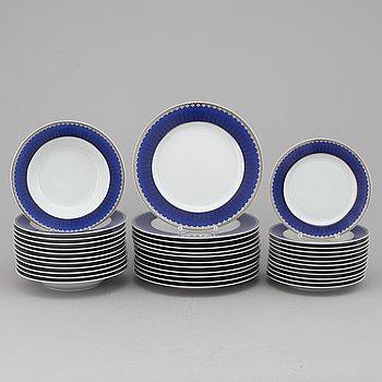 "SIGVARD BERNADOTTE, matservis, 36 delar, porslin, ""Christineholm"" eller ""Marianne Royal Blue"", Millenium, 2000."