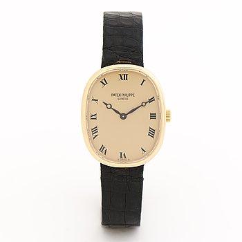 PATEK PHILIPPE, Golden Ellipse, wristwatch, 28 x 22 mm.