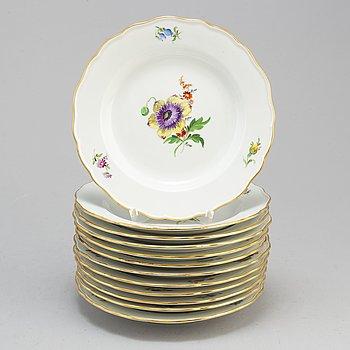 FAT, 12 stycken, porslin. Meissen, 1900-tal.