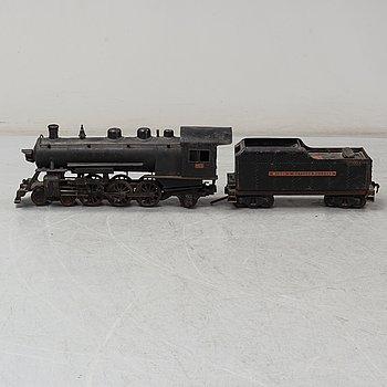 """LOKOMOTIV OCH TENDER, """"Buddy L Outdoor Railroad 1000 Pacific type"""", stål, Moline, USA, 1920-tal."""