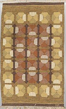 A CARPET, flat weave, ca 303 x 179,5 cm, signed, Finland.