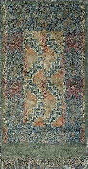 LAILA KARTTUNEN, a Finnish long pile rug for Wetterhoff 1930. Circa 300x163 cm.