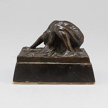IVAR JOHNSSON, Sculpture. Bronze, unsigned. Height 4.5 cm, length 9 cm.