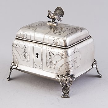 A parcel-gilt Jugend style sugar box, mark of FB, Austro-Hungarian Empire, from around year 1900.