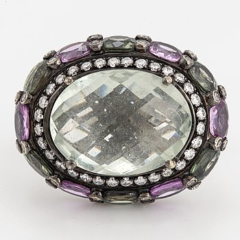 A Gianni Lazzaro 18K white gold and coloured stone ring, with box.