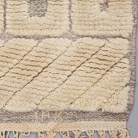 "Ingrid hellman-knafve, ingrid hellman-knafve , a carpet, ""haga"", knotted pile in relief, ca 215 x 125,5 cm, signed ihk (ingrid hellman-knafve), sweden the 1950'-60's."