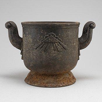 URN, cast iron, possibly Näfveqvarn, Sweden.