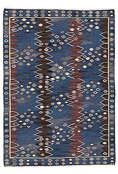 "175. Barbro Nilsson, A CARPET, ""Snäckorna"", flat weave, ca 275,5 x 195 cm, signed AB MMF BN."