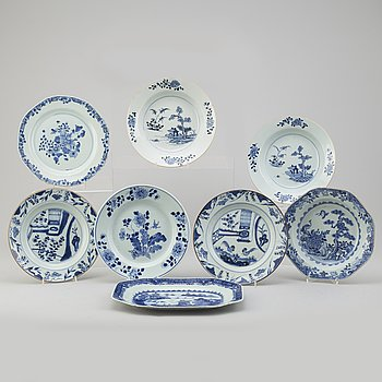 Four blue and white export porcelain plates, three soup plates and a serving dish, Qing dynasty, Qianlong (1736-95).