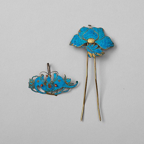 Two king fisher feather hair decorations, qing dynasty, 19th century.